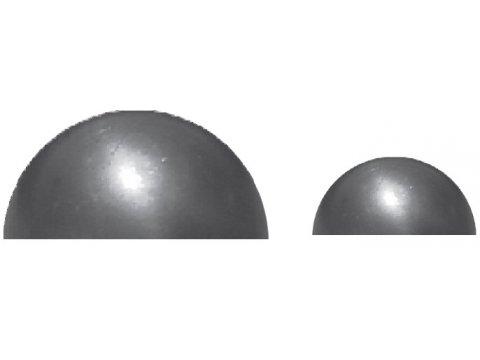 Metalowa półkula kuta
