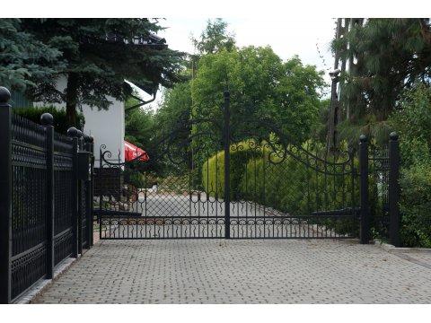 Brama Kuta Uchylna Model BU86