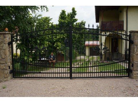 Brama Kuta Uchylna Model BU87