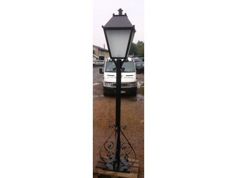 Lampa - latarnia kuta ogrodowa LK15