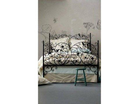 Metalowe łóżko kute model MK02