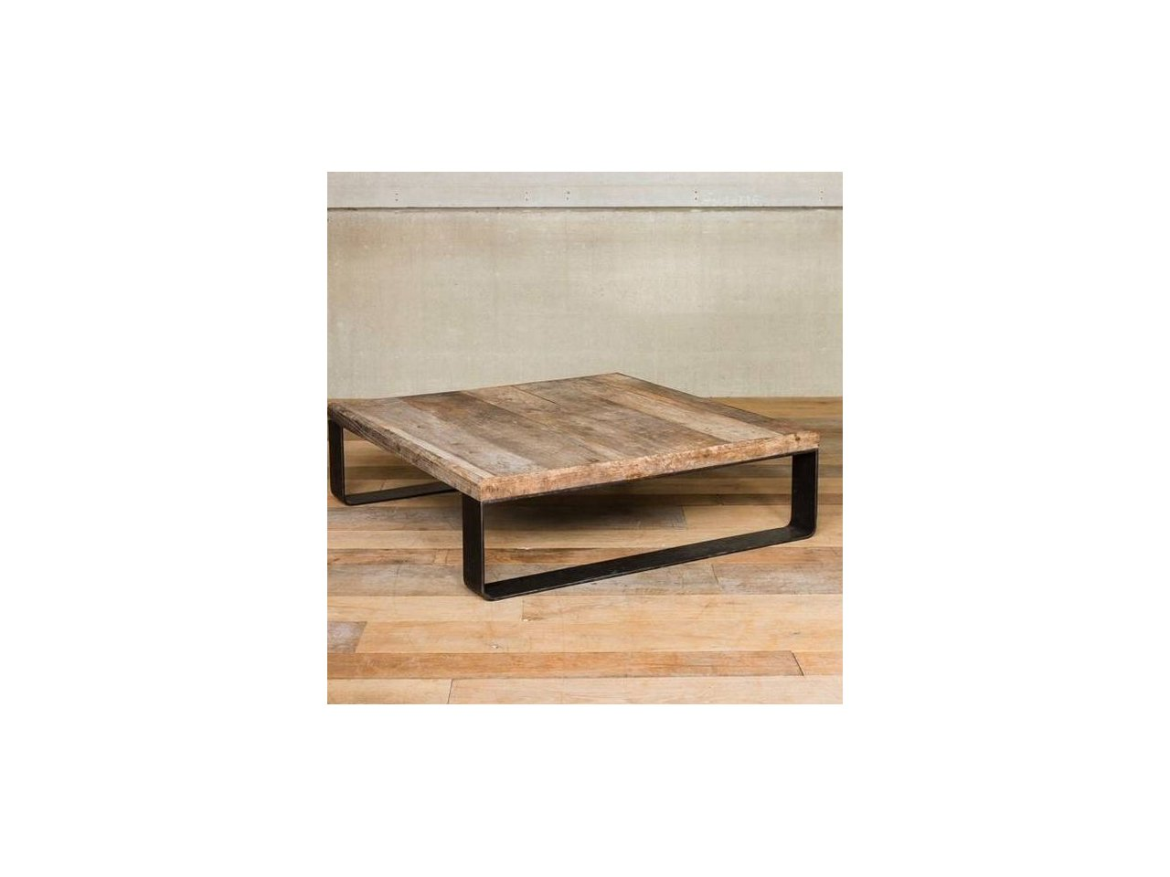 Minimalistyczny stół z nogami kutymi SK09