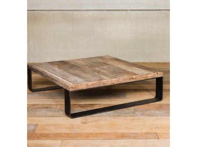 Minimalistyczny stół kuty SK0010
