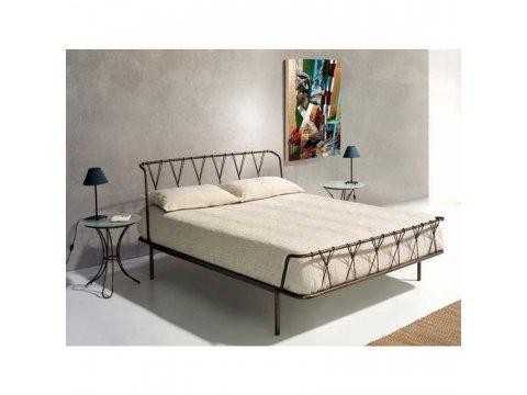 Metalowe łóżko kute model MK14