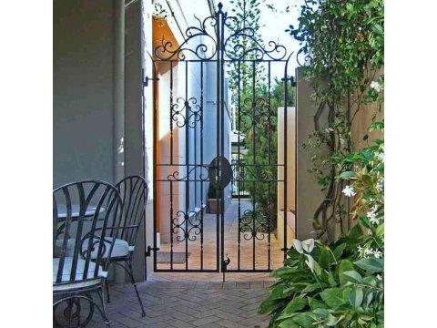 Ogrodowa brama kuta OBK02